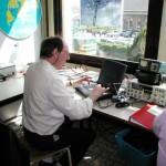 Notre ami Jean-Pierre ON4LCY au commande de son PC en mode digital PSK31